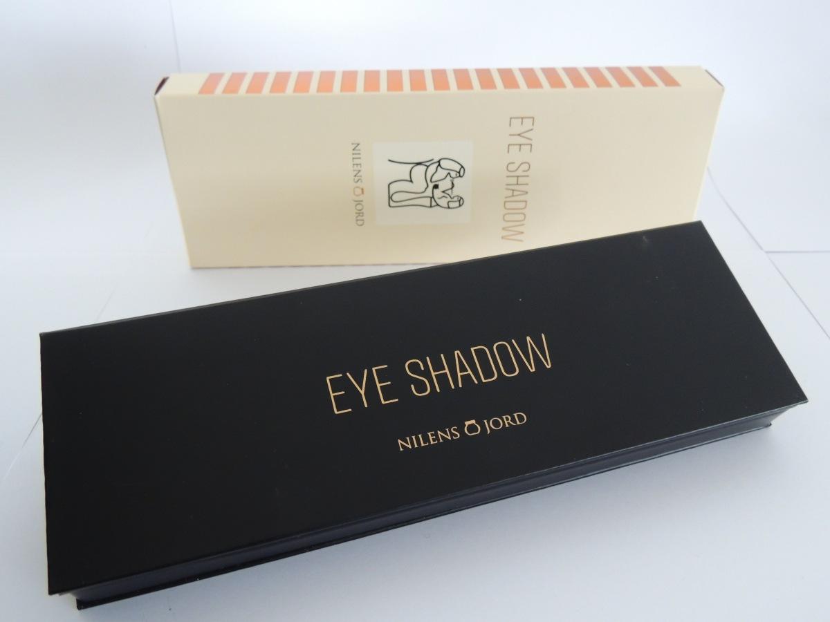 Nilens Jord: Eye Shadow Symphony 700